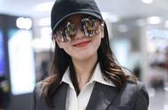 刘诗诗现身上海机场,女人味十足,网友:我们等你回来