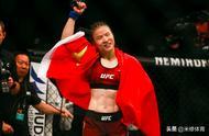中国首位UFC世界冠军被美国拒签,公开质问:因我是单身女性吗?
