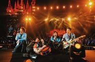 定了,周杰伦10月底将参加五月天上海演唱会