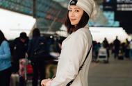 冻龄女神贾静雯真美,一身装扮显粉嫩少女感,看不出真实年龄!
