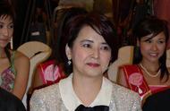 胡慧中老公被判3年罚1200万,61岁的她与女儿生活举步维艰