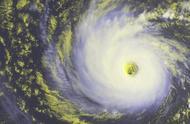 历时最长跑得最远的台风,一个月中跑了13000公里,期间三度增强