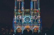巴黎圣母院高光时刻!时隔7个月,巴黎圣母院重新被点亮