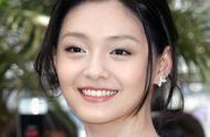 汪小菲深夜发文,自称自己把老婆耽误了,网友评论却褒贬不一。