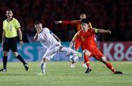 武磊错失必进球!国足0-0爆冷被菲律宾逼平 遭遇41年耻辱