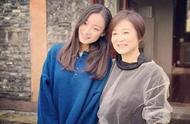 林青霞65岁庆生照曝光,身穿旗袍,脚踩高跟鞋,网友:优雅端庄