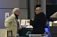 告别时刻!里皮抵达广州机场候机,凌晨航班返回意大利