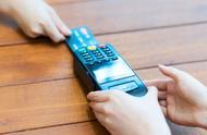 2018年全国人均持有5.46张银行卡 卡均消费金额1.22万元