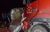 宁夏境内高速发生一起事故,现场惨烈!途经的司机却干了这事
