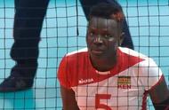 同款发型?肯尼亚女排球员酷似卡佩拉