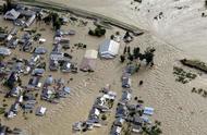 """台风""""海贝思""""肆虐日本:已造成11死126伤,新干线列车被淹"""