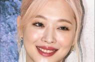 警方确认雪莉死于自杀,刘亚仁悼念雪莉,宋茜飞往韩国吊唁