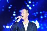 因为撑港警,陈小春台湾开唱被逼穿防弹背心带随身保镖?