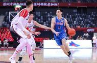 超远三分球绝杀!深圳22岁小将一战成名,他们的运气太好了