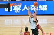 军运会男篮赛中国八一队要争奖牌,明晚首秀对阵蒙古