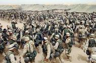 又是一个帝国坟场,美军士兵遭不明势力袭击,再不走就晚了