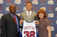 NBA膚色差異大的父子:水花兄弟父親是黑人,里弗斯父子差異最大