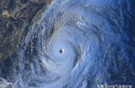 台风海贝思肆虐西太平洋,巨大风眼清晰犀利!目前已对准日本