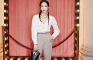 孟美岐、yamy巴黎时装周看秀造型比拼,谁的表现力更强?