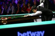 打破冠军荒!丁俊晖拒绝逆转10-6马奎尔,时隔十年重夺英锦赛冠军