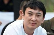 王思聪欠债1.5亿,公司股价不断下跌,王健林却背后套现50多亿?