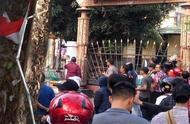 印尼警方攻入宿舍逮捕学生,引发抗议者焚烧西巴布亚议会