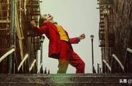 我拿放大镜看了3遍《小丑》,终于找到DC翻盘的秘密...