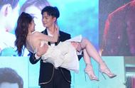 徐璐张铭恩的偶像剧式恋爱,真的是打开爱情最正确的方式吗?