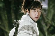 李现新剧《剑王朝》开播,古装刘海遭调侃,网友:这刘海太上头了