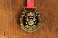 北京马拉松今年推出的线上赛,奖牌是麒麟兽,还可以做印章