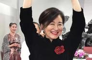 林青霞65岁生日照曝光,穿黑色旗袍优雅迷人,婀娜舞姿再现女神范