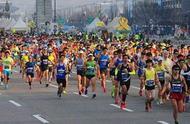 世界10大最顶级的马拉松选手,第一以2小时零1分创造新记录