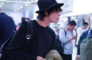 陈坤跟网友唠嗑错过飞机 竟然是因为跟网友聊天