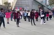罗志祥,谢娜,Ella等大跳广场舞!~