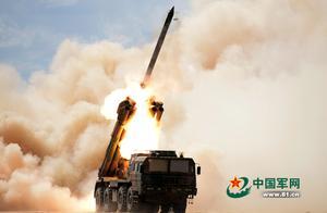 南京军区实弹射击演练导弹发射全部命中