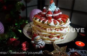圣诞草莓千层塔的做法