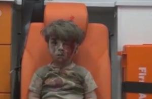 """5岁""""战争之子""""背后故事 其父指责有人利用儿子说谎 快看"""