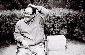 他21岁瘫痪轮椅上坚持创作,离世前留下300万字著作