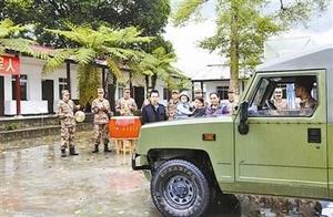 西藏墨脱边防连队全通车 告别39年徒步人背马驮历史
