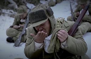 志愿军靠吃炒面痛打美军,如今解放军随时随地吃大餐