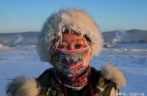 黑龙江河心以北就是俄罗斯,零下30多度洒水成冰鱼儿瞬间冰冻