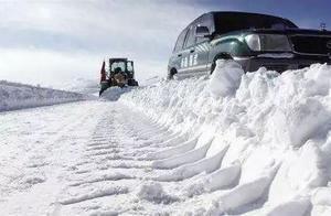 一片雪花有多重?南方的雪和北方的雪重量一样吗?