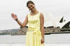 比凯特王妃更敢穿 走进瑞典王妃维多利亚的衣橱