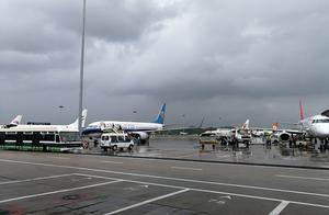 揭阳潮汕机场一夜接受18个备降航班