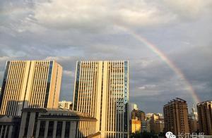 武汉人暴风骤雨后看到了彩虹,揪心的是还有不少人正处在水深火热中