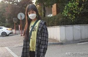 《请回答1988》珍珠长大了,长发披肩显气质,很有韩系女主范