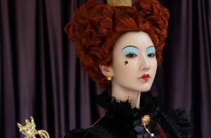 别人都是在逃公主,毛晓彤却偏要做万圣节的在逃皇后?