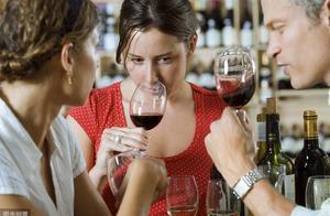 不会喝酒,3种拒酒套路一定要牢记,不然会吃亏