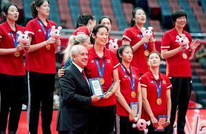 恭喜朱婷!再获1国家级大奖,还获标兵称号,更是唯一获奖运动员