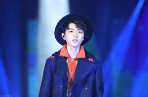 如何评价七周年演唱会王俊凯《Beautiful》的舞台首秀?